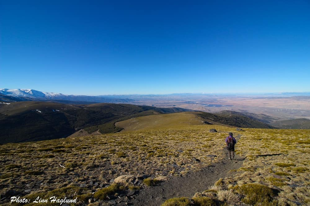 On the way down from El Chullo peak