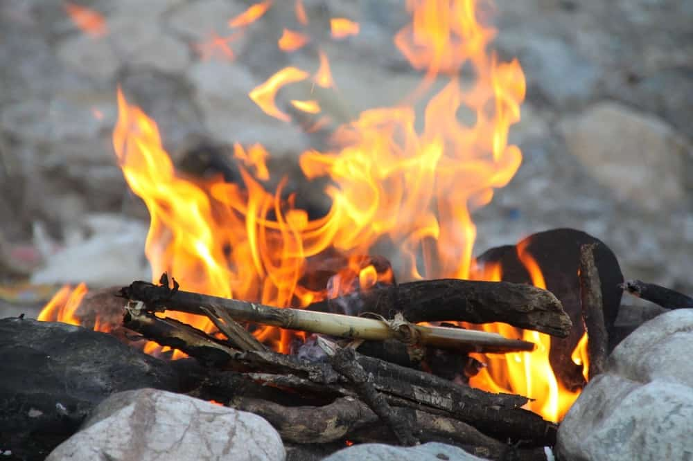 Follow the principles of leave no trace when it comes to camp fires
